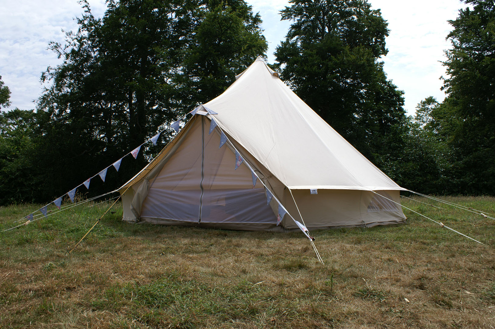 5m-bell-tent-farrs-meadow