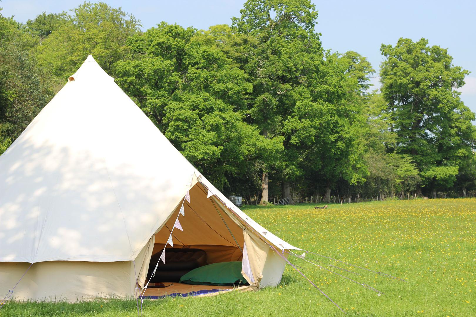 7m-bell-tent-parsonage-farm-campsite
